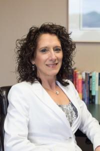 Dr. Lynn Swanson
